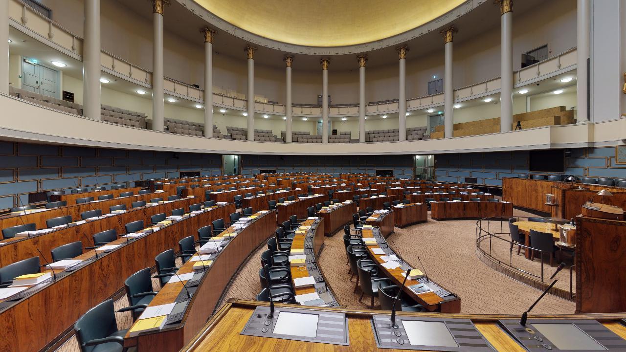 Eduskuntatalo-Riksdagshuset-Office